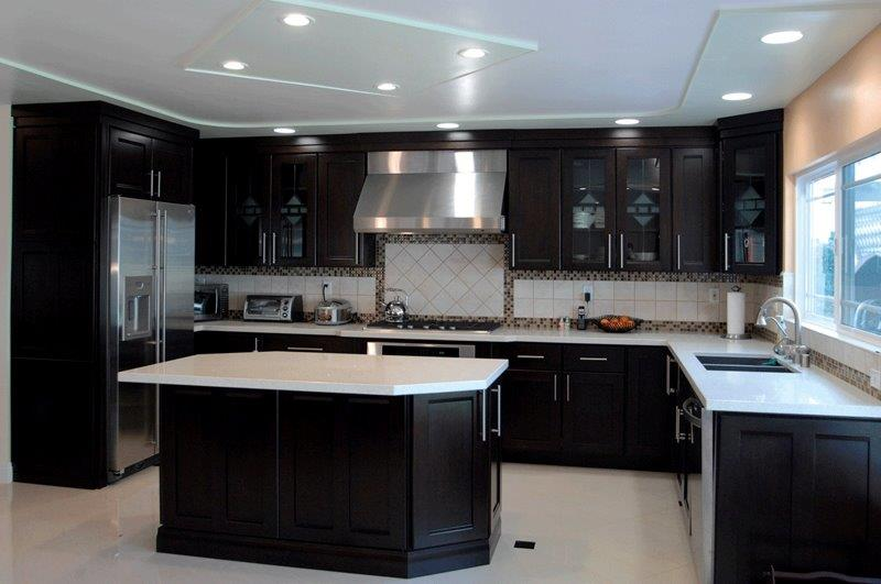 kitchens with espresso cabinets shaker cabinets for your kitchen remodeling project 6616