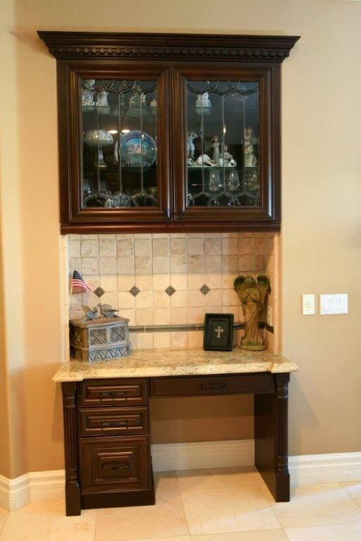 Built in kitchen desk / home office area ⋆ Cabinet Wholesalers ...