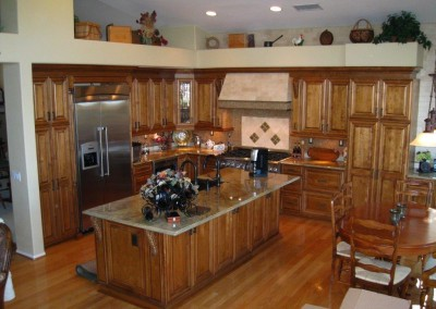 Maple kitchen cabinets in Seal Beach