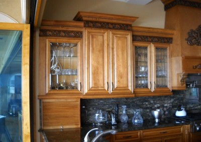 Mix of glass and solid kitchen cabinet doors