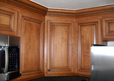 Kitchen cabinets with rope molding
