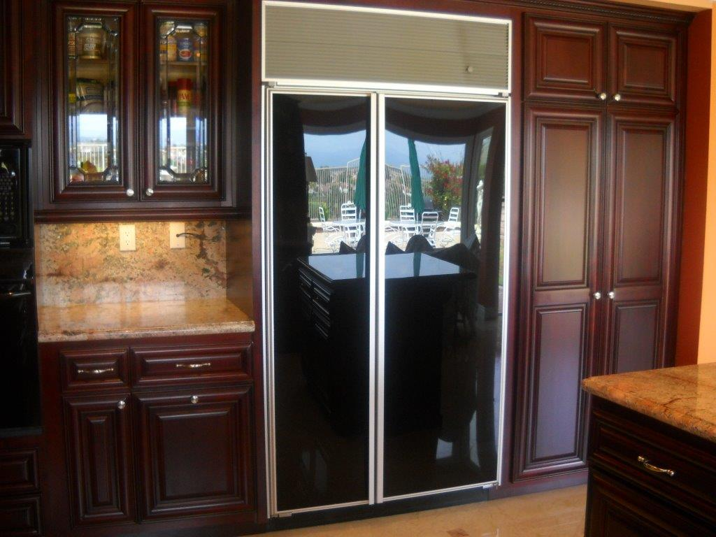 Kitchen Cabinets With Decorative Glass Cabinet Doors
