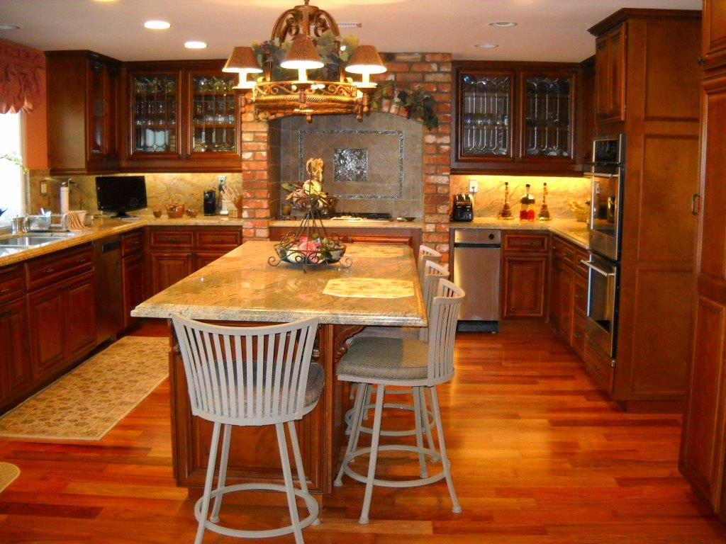 Kitchen Cabinets With Glass Doors ⋆ Cabinet Wholesalers