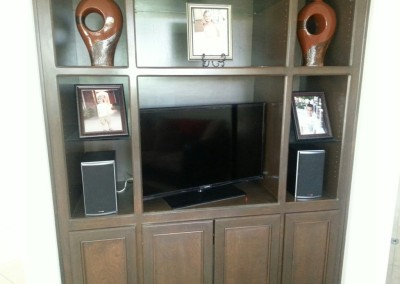 Entertainment center with no backing