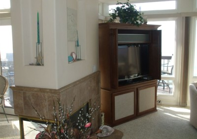 Freestanding wall unit with pocket doors open