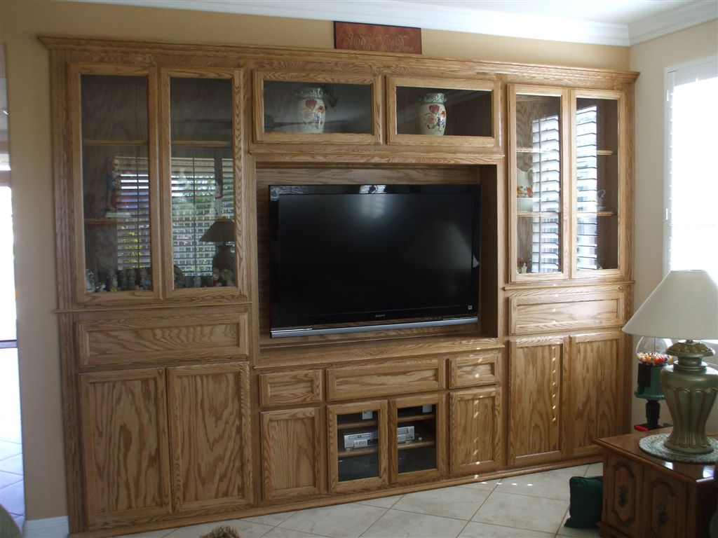 Entertainment centers built in wall units 200 cabinet for Built in entertainment center using kitchen cabinets