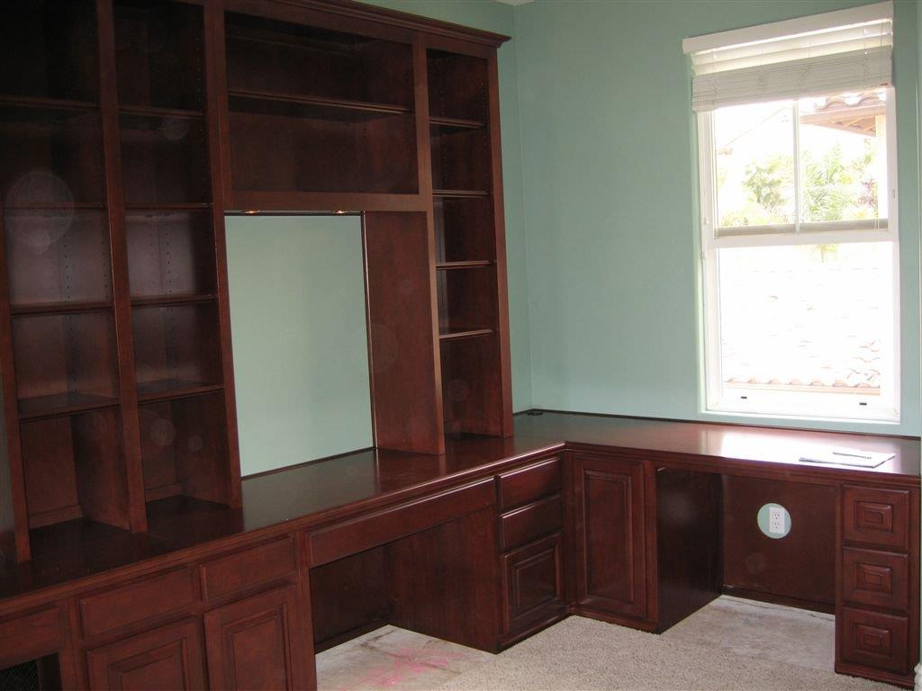 Medium maple home office cabinets. Custom Home Office Cabinets   Cabinet Wholesalers