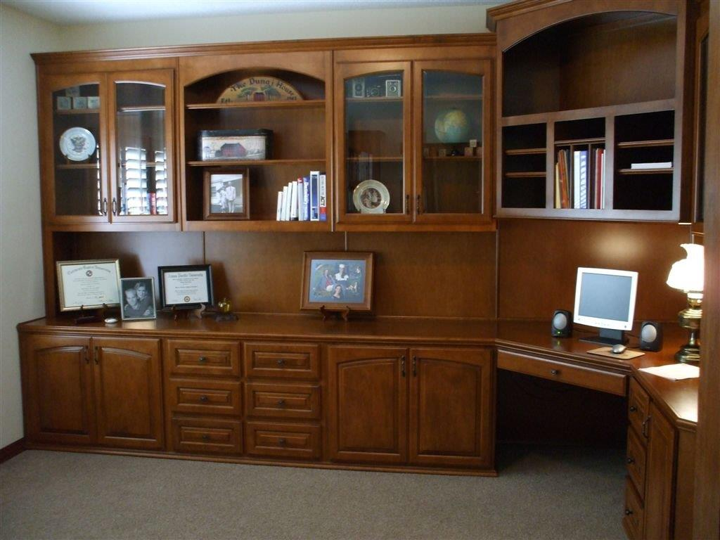 Custom home office cabinets cabinet wholesalers for Home office furniture images