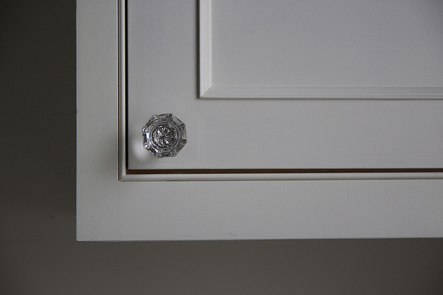glass kitchen cabinet knobs