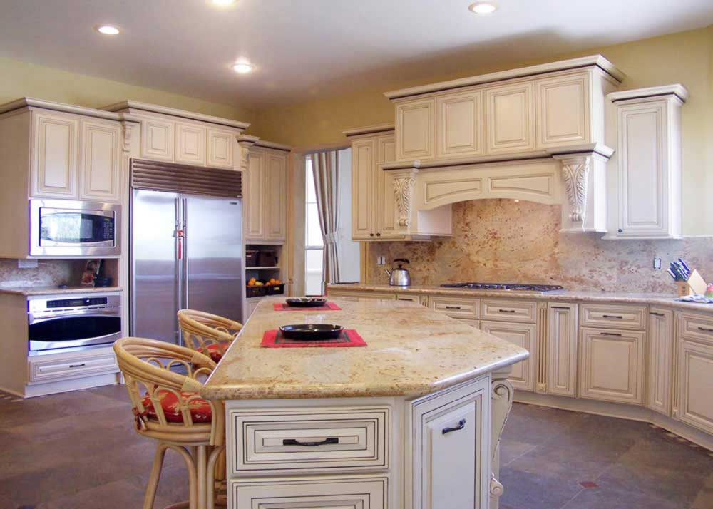 White Glazed Kitchen Cabinets