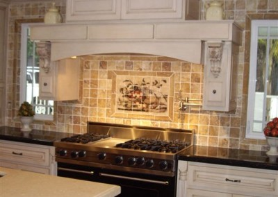Kitchen Cabinets in Laguna Beach